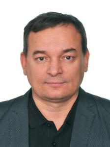 Председатель профсоюзной организации Олег Николаевич Захаров